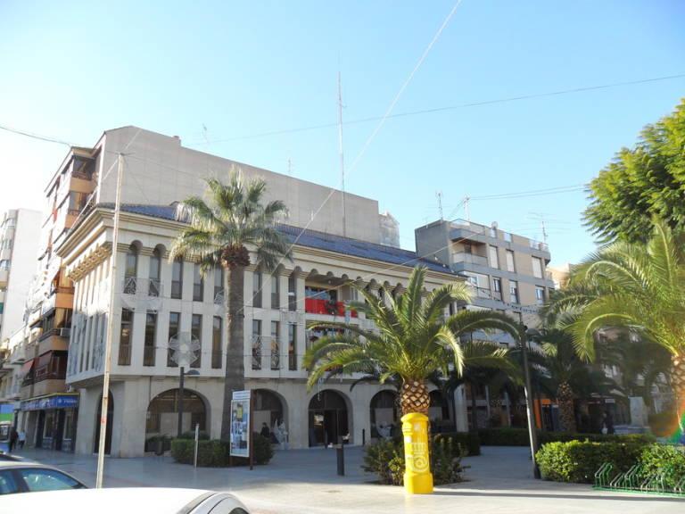 Banco popular estudia incorporar a aliseda en su nueva for Inmobiliaria aliseda