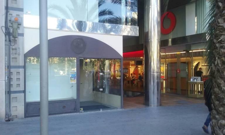 7a60201e0 La cadena francesa de ropa para niños  Z  cierra su tienda en la plaza de  los Luceros