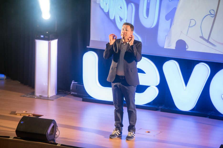 Fotogalería Conferencia del CEO de Level Up, Carlos Delgado