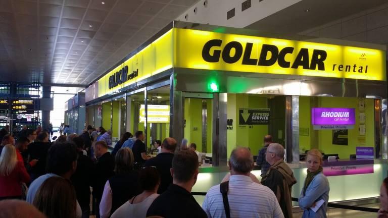 El fondo de capital riesgo cinven se interesa por goldcar for Oficinas goldcar