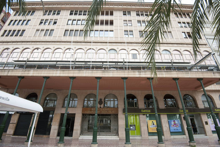 La Gastronomía Se Abre Hueco En El Real Liceo Casino De Alicante Con Un Mercado Gourmet Alicanteplaza
