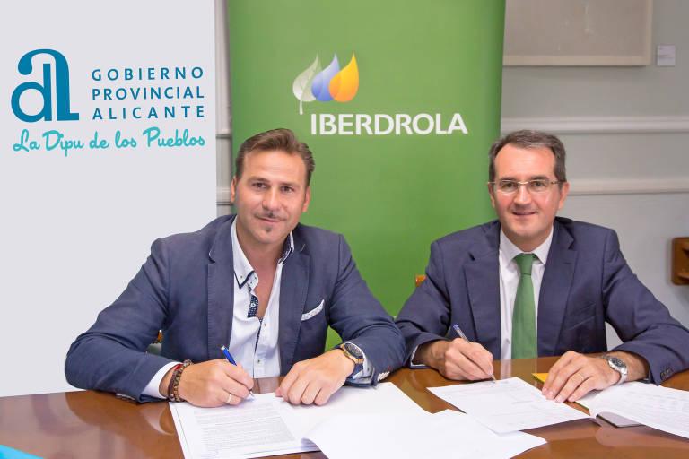 Iberdrola se adjudica el suministro de 117 consistorios a for Oficinas de iberdrola en alicante
