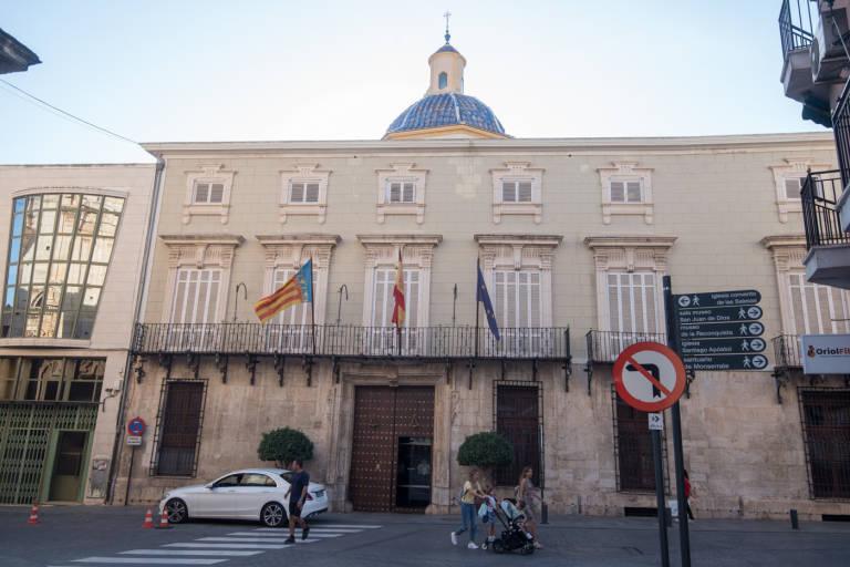 Un juzgado obliga al Ayuntamiento de Orihuela a facilitar información a los  vecinos de la Costa f189add628b4