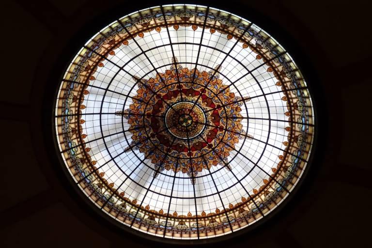 El Círculo Industrial d'Alcoi, natura d'or i ferro que es resisteix a morir, per Carlos Pastor (@cpastor_)