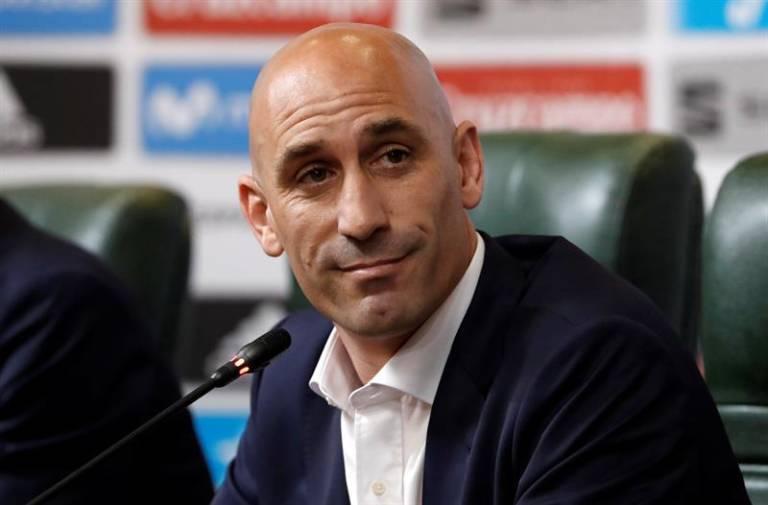 La Liga y la RFEF acuerdan la suspensión del fútbol profesional hasta que no haya riesgo por el coronavirius