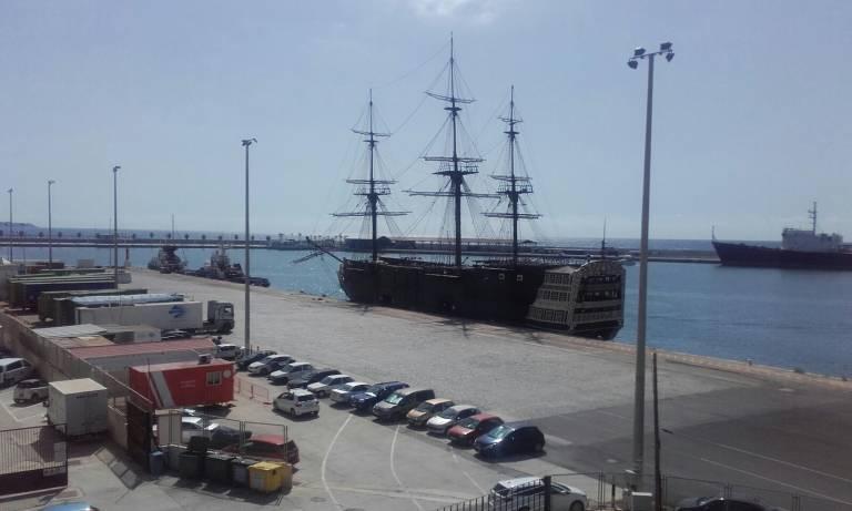 El nuevo rumbo del 39 barco restaurante 39 del puerto su comprador piensa en reflotarlo en benidorm - Restaurante el puerto benidorm ...