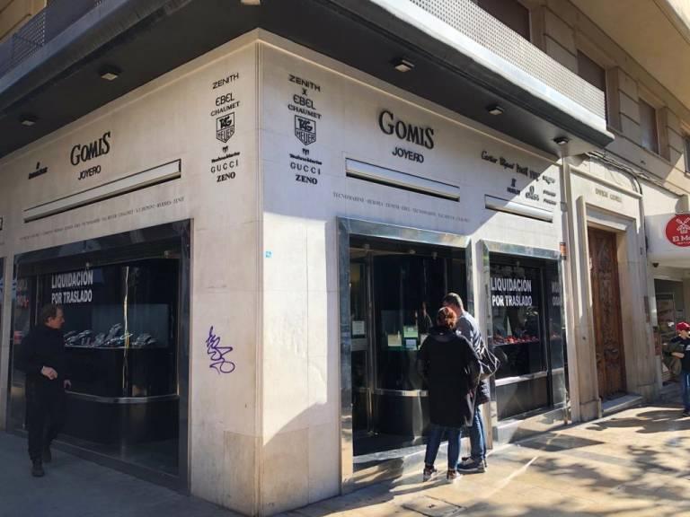 aprendiz operador Desempleados  La histórica joyería Gomis deja La Rambla en busca de la actividad  comercial de Maisonnave - Alicanteplaza