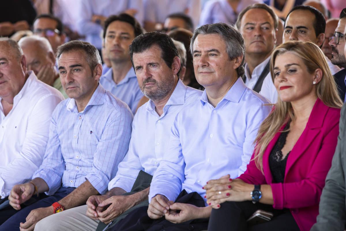 Barrachina, Císcar, Moreno y Ortiz, en un acto del PPCV. Foto: EVA MÁÑEZ