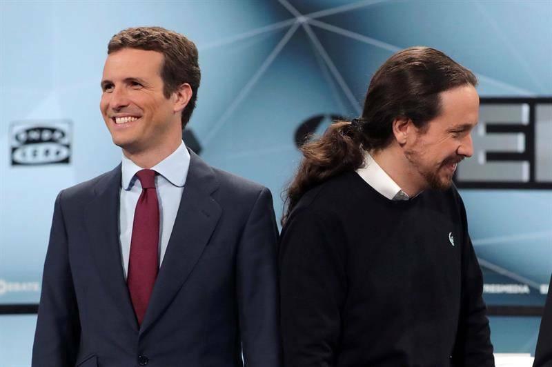 Pablo Casado y Pablo Iglesias. Foto: EFE